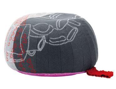 petit pouf bovist tissu original anthracite gris clair rose et rouge vitre hella jongerius
