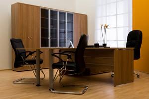 Un espace de travail adapt pour vous for Bureau avocat meuble